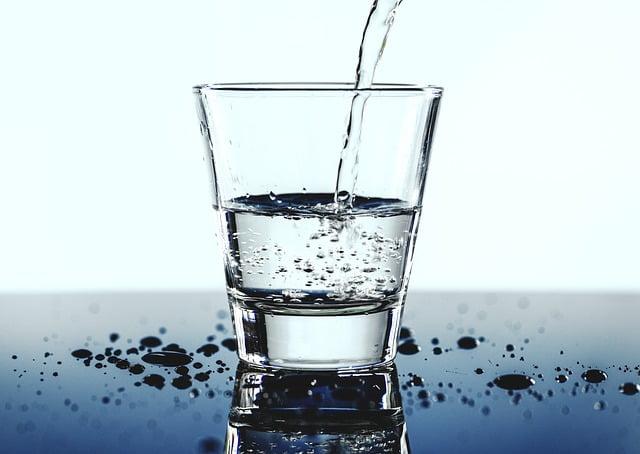 vasos de agua para colorear